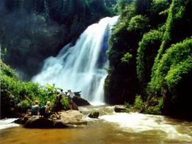 Doi Inthanon waterfall